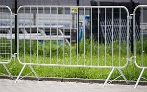 ogrodzenia tymczasowe barierki