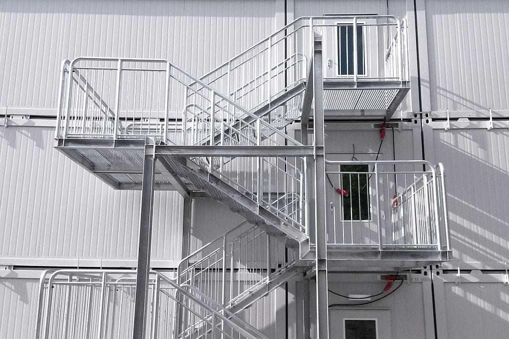 schody-kontenerowe-tlcrental