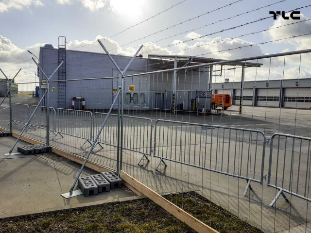ogrodzenia-azurowe-barierki-ochronne-lotnisko-mobilt-city-tlc-www-5