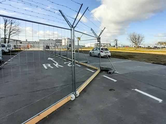 ogrodzenia-azurowe-barierki-ochronne-lotnisko-mobilt-city-tlc-www-7