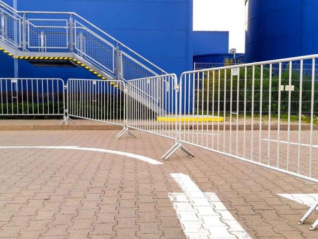 wynajem-ogrodzen-tymczasowych-bariery-przenosne-ikea-warszawa-tlc-rental-www-3