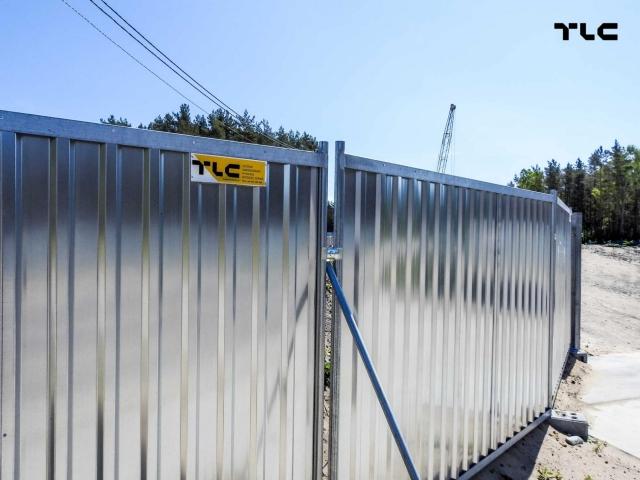 ogrodzenia-budowlane-pelne-swinoucie-tunel-www-